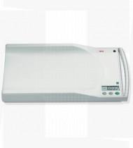 Balança pediátrica eletrónica c/ display digital, portátil c/ pega p/ transporte - Linha médica